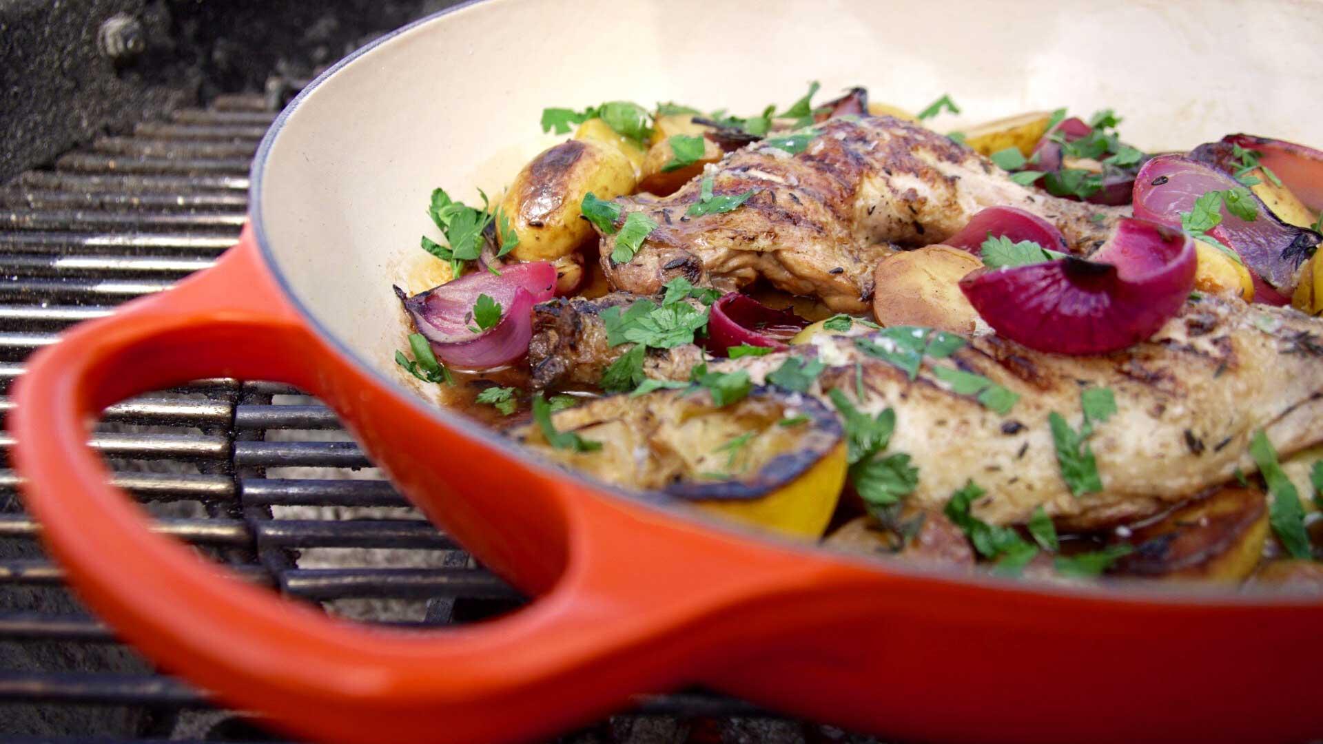 Jensens Spareribs På Gasgrill : One pot kylling på grill grillet grøntsagsgryde med kylling foodtv